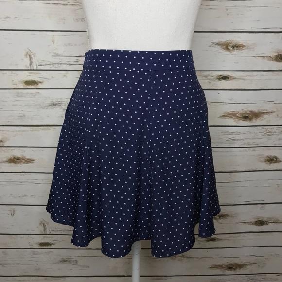 Forever 21 Dresses & Skirts - Forever 21 Navy Polka Dot Mini Flowy Skirt Size S